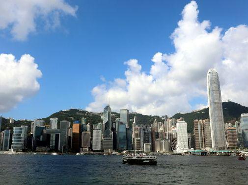 美媒析香港缘何成全球最长寿地区:城市绿化好 家庭重孝道