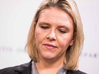 挪威司法大臣辞职躲危机
