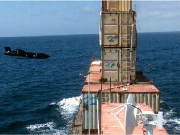 美军试射远程反舰导弹 可在众多舰船中找出目标