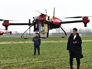 科技新设备助力春季农业生产