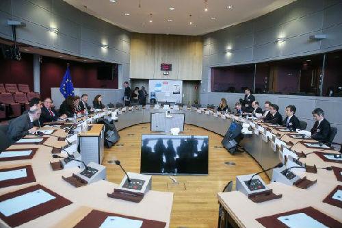 美拟对多国征反倾销税 专家警告欧盟勿撇开600万彩票网页版与美妥协