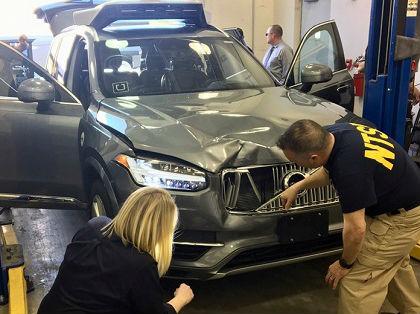 """外媒:无人驾驶技术能否""""挺过""""致死事故?"""