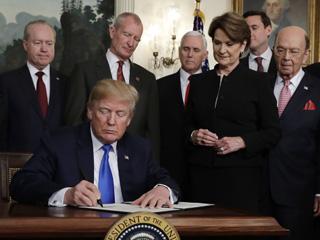 美国宣布对600亿美元中国商品加征关税