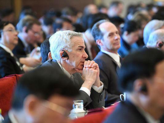 外媒:中国发展高层论坛发出反贸易战强音