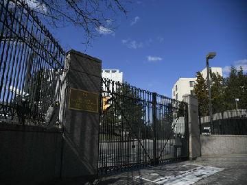 欧美驱逐逾百名俄外交官 俄称将对等报复