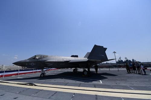 全民彩票:美参议员致函特朗普_叫嚣对台出售F-35战斗机