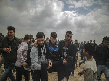 外媒:巴以爆发严重冲突 10余名巴勒斯坦人死亡逾千人受伤