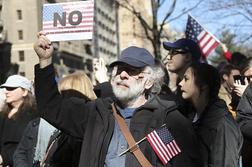 美公布签证新规 入境申请者需提交5年内社交媒体数据