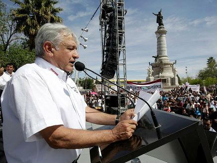 特朗普就移民问题再批墨西哥 墨多名总统候选人强硬回击