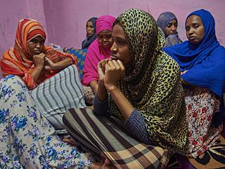 迎接苦难的索马里女性