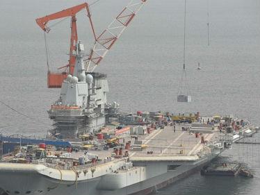 港媒:首艘国产航母或本月于渤海海试 测试基本性能