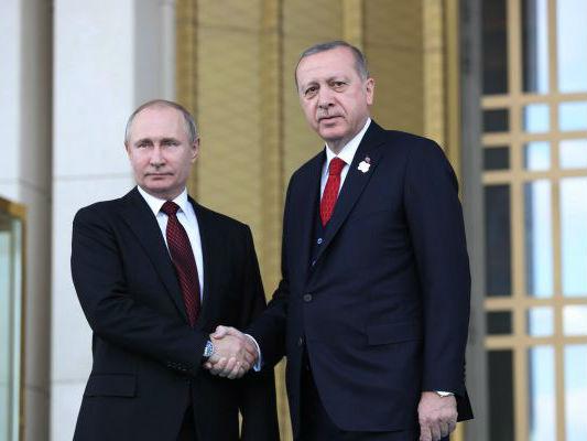 俄媒:俄土伊三国总统将举行会谈 就叙局势表明立场