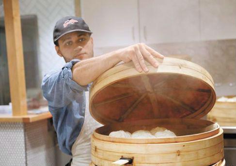 中国包子风靡北美:老外一口气吃4个不过瘾 赞不绝口