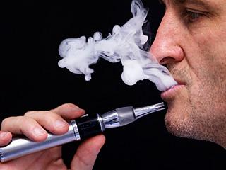 吸电子烟就无害了?No!