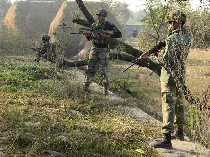 外媒称印度急购步枪欲抗衡中国:部队还在用二战时期老枪