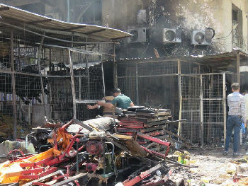 """巴格达沦为废墟:美军和腐败是祸首 这里有""""4万名大盗"""""""