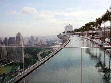 英媒:中国游客带火东南亚旅游 5年游客数量超1亿人次