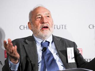 """施蒂格利茨:美通过贸易保护解决赤字问题方式太""""原始"""""""