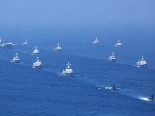 外媒:中国南海阅兵展海军实力 规模空前场面震撼