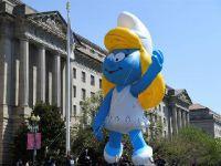 华盛顿举办樱花节游行