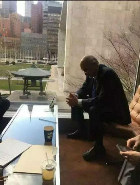 """6 巴沙尔·贾法里在中国被""""刷屏""""的照片"""
