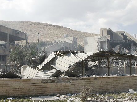 """英法美空袭后叙利亚民众生活照旧:""""我们对战火习惯了"""""""