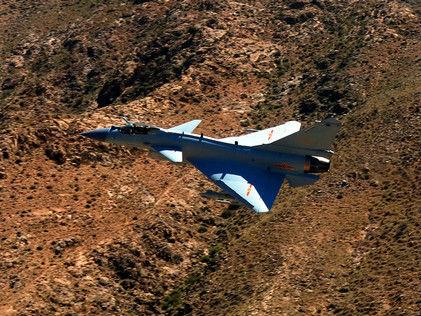 中国歼-10C开始战斗值班 专家:对周边形成作战优势