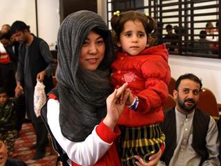 阿富汗25名先心病患儿将赴华接受治疗