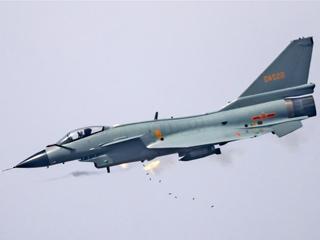 中国空军年度突防突击竞赛考核拉开战幕