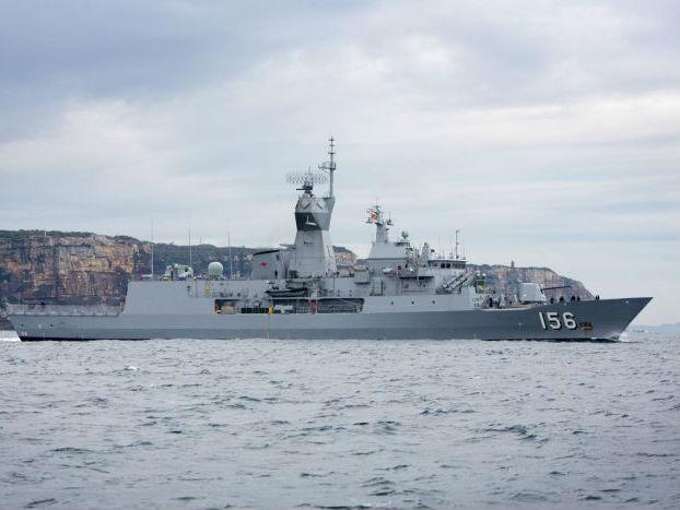 """中国海军在南海""""挑战""""澳军舰?中方:操作合法合规"""