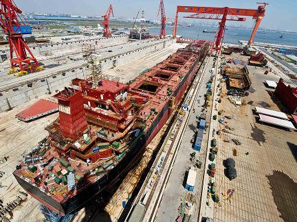英媒称中美贸易摩擦或损及全球经济:美贸易保护不得人心