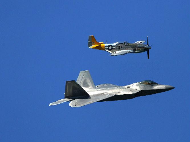 """美媒称美军遭遇""""飞行员荒""""  军用飞机事故呈指数级增长"""