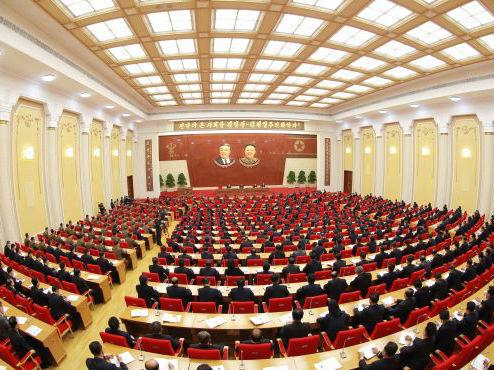 """朝鲜宣布停止核及弹道导弹试验 提出""""集中一切力量搞经济"""""""