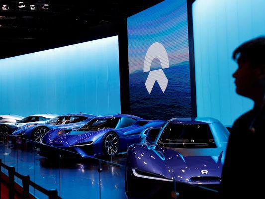 日媒:中国电动汽车行业赶超发达国家,但应警惕过热风险