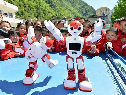"""日媒:中国机器人""""强国""""之路逐渐具体化 步伐加快走向高端"""