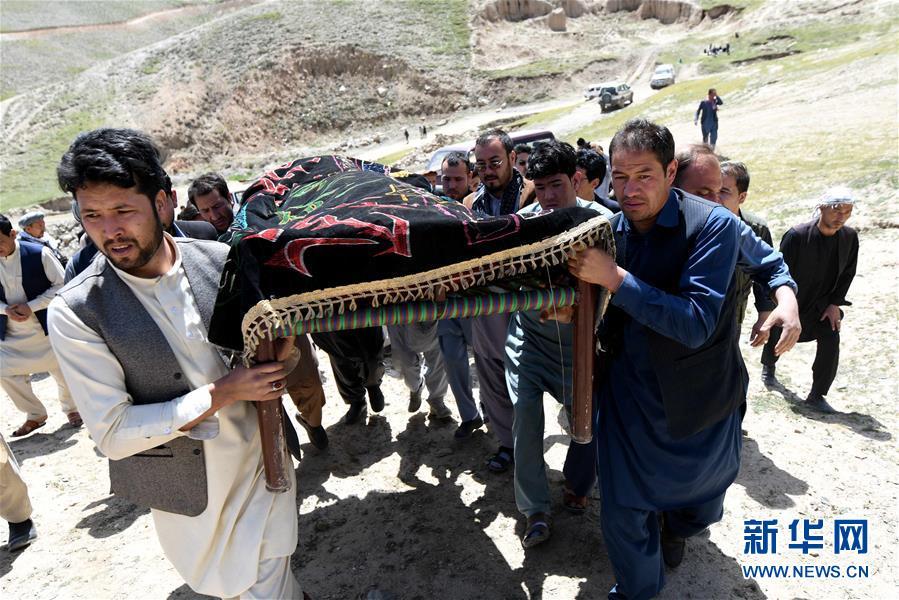 阿富汗:血染的选举之路