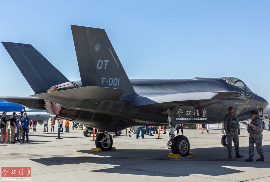 难得机会!中国军迷近拍美F-35隐身战机