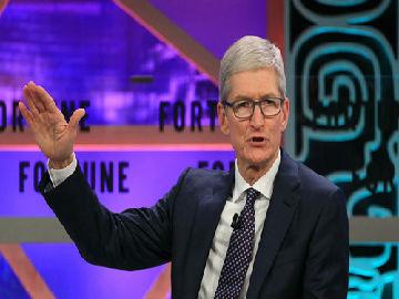 苹果坐不住了?英媒:库克赴白宫与特朗普讨论中美贸易事宜