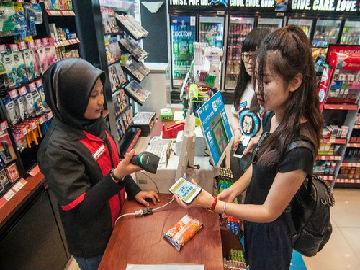 """美媒称""""移动钱包""""随中国游客走遍世界:未来或占主导"""