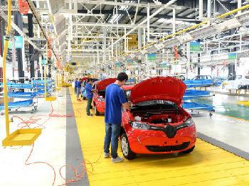 """外媒:国际巨头推电动汽车""""讨好""""中国市场"""