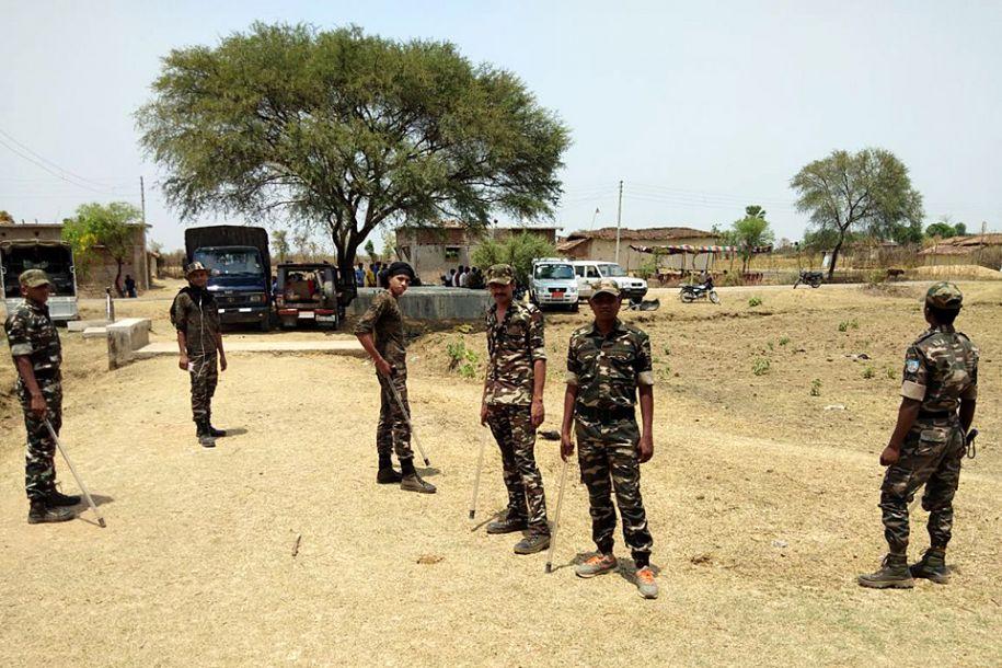 少女惨遭强奸烧死 印度逮捕14人