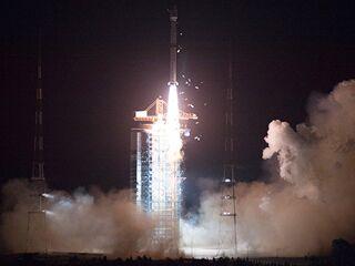 中国高分五号卫星发射成功