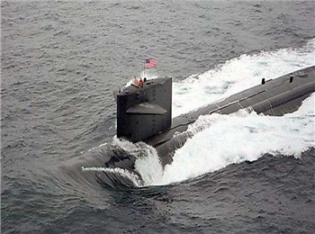女性能顶半边天!美军太平洋舰艇女潜艇兵近百