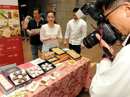 """大陆游客减少致台菠萝价格暴跌 台果商:都是""""台独""""害的!"""