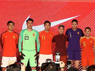 中国之队发布2018新款球衣
