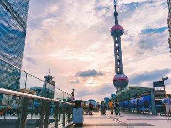英媒:上海跻身世界金融中心需要韧性