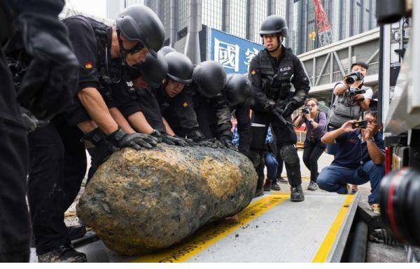 香港警方成功处置二战遗留炸弹 同一地点已处置三枚