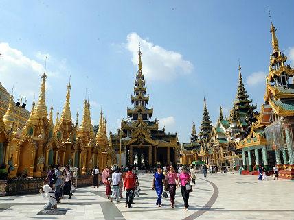 缅北冲突致流弹落入中国境内 中方呼吁立即停火