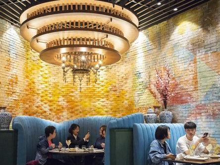 美式中餐品牌在中国开店引好奇 顾客:味道不像中餐