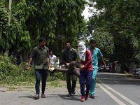 印度多地遭强风暴雨袭击40多人死亡
